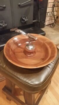 Walnut serving tray with attached nutcracker Freeport, 61032