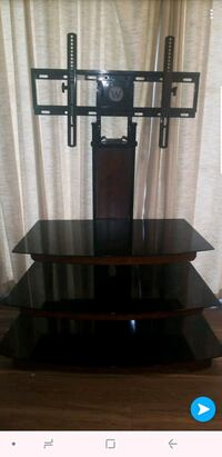 3 tier tv stand Cleveland, 37312
