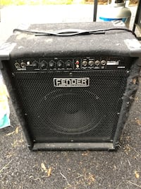 Fender bass amp and digital delay Chalfont, 18914