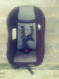 baby's black and white Cosco car seat McAlester, 74501