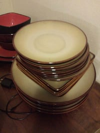 white and red ceramic plates New Llano, 71461