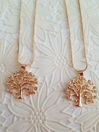 NEW, PENDANT NECKLACE TREE OF LIFE