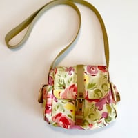 Vintage FOSSIL Crossbody Floral Cloth Purse!  Compact, hands free & great for summer fun!  Yes, not only does it have various compartments but it is washable!!!!  You will receive this purse  CLEAN, I recently washed it & it is from a non-smoking, pet fre Burbank, 91506