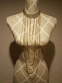 Long tiered necklace Toronto, M1K 4W3