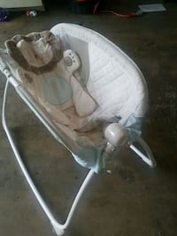 baby's white and gray bouncer Ramsey, 55303
