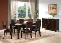 Nice wooden dining table with 6 chairs  Brampton, L6P