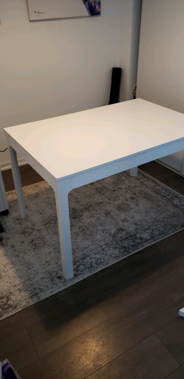 IKEA EKEDALEN EXTENDABLE DINING TABLE IN MINT COND cec61813-5a07-4895-a5a3-33db0554141f