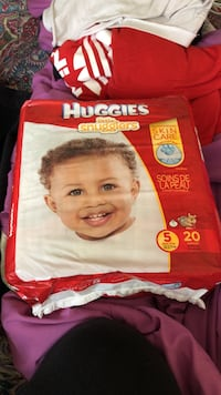 red and white Huggies little snugglers diaper pack 18 mi