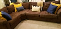 Brown sectional couch Alexandria, 22315