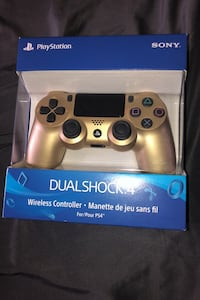 PlayStation 4 Dual Shock 4 ( Wireless controller)
