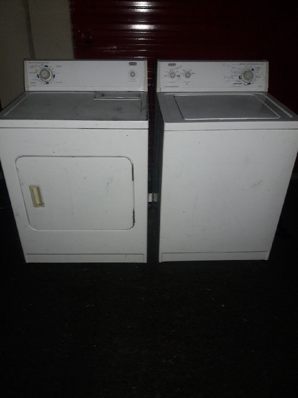 Washer and electric Dryer by whirlpool