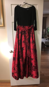 women's black and red long-sleeved dress 60 km