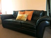 black leather 3-seat sofa Miami, 33156