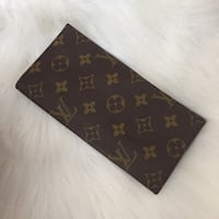 Louis Vuitton wallet  New Westminster, V3M 3S5