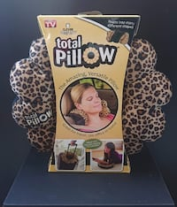 Travel Pillow - Leopard Print