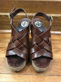 Tory Burch Strappy Leather Wedges Size 5 Montréal, H4A 3L2