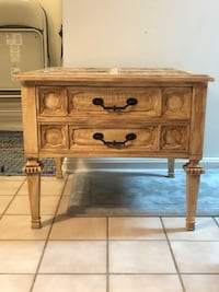 Antique refinished end table  Fairfax, 22033