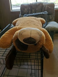 Oversized stuffed animal  Warrenton
