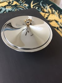 "Vintage Antique. Round metal bowl with lid. Excellent condition. Diameter: 11.5"".  Hight: 4"" with no lid on. Hight: 6.5"" with lid on - up to the top of the handle.  Menands, 12204"