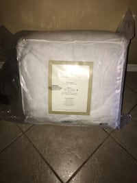 Brand new California king feather bed set brand new 149.99 online  Plant City, 33565