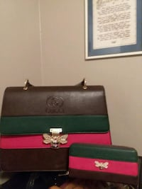 Awesome Gucci purse and wallet Arden, 28704