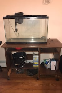 Fish tank w/ everything included!