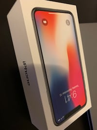 Selling iPhone X 64g space grey Surrey, V3W 4S1