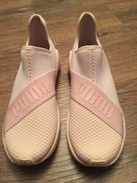 Brand new puma sneaker shoes size 8