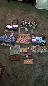 Brand new purses and wallets Fresno, 93720