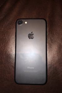 iPhone 7 64GB  Hamilton