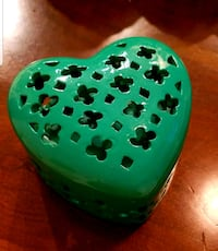 Green Heart-shaped Box Rockville, 20850