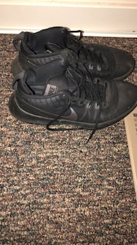 pair of black Nike basketball shoes Lincoln, 68521