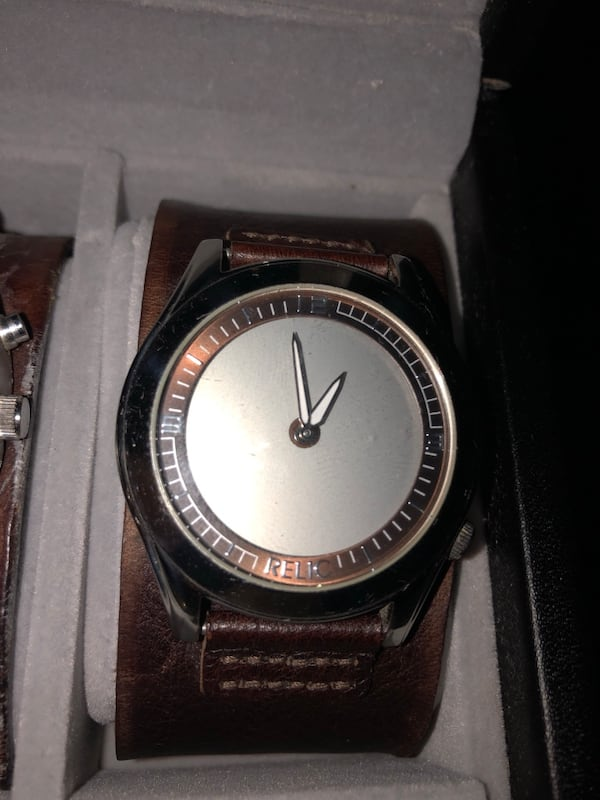 Relic watch  0631f3f4-2acd-43aa-9302-d8e9cb514dcf