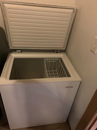 Holiday Chest freezer, used but perfect condition! Severn, 21144