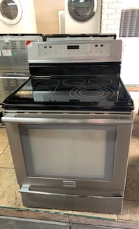 """30"""" Frigidaire stove glass top Stainless Steel"""
