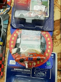 red and blue Hot Wheels car toy Anderson, 46016