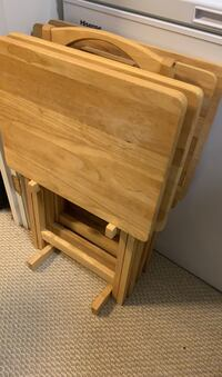 Set of 4 folding TV tray tables with storage stand