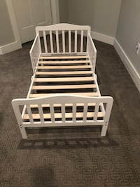 Toddler bed and mattress - excellent like new condition!  Coronado, 92118