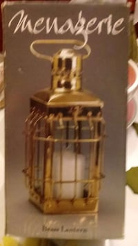 brown wooden framed glass candle holder Fairfax, 22032
