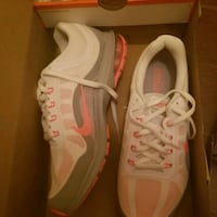 pair of white-and-pink running shoes Greenbelt, 20770