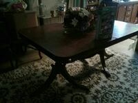 Antique table  Bossier City, 71112