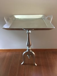 Silver Side Table  Lincoln, L0R