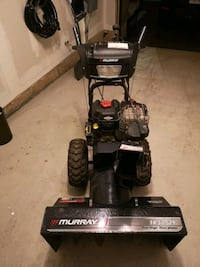 Murray dual stage snow thrower Mississauga, L5B 4M9
