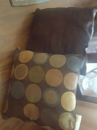 Throw pillows solid/print Germantown, 38138