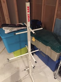 Sport rack for hanging hockey/baseball gear to dry Dundas, L9H 7T3