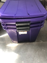 15 assorted plastic containers