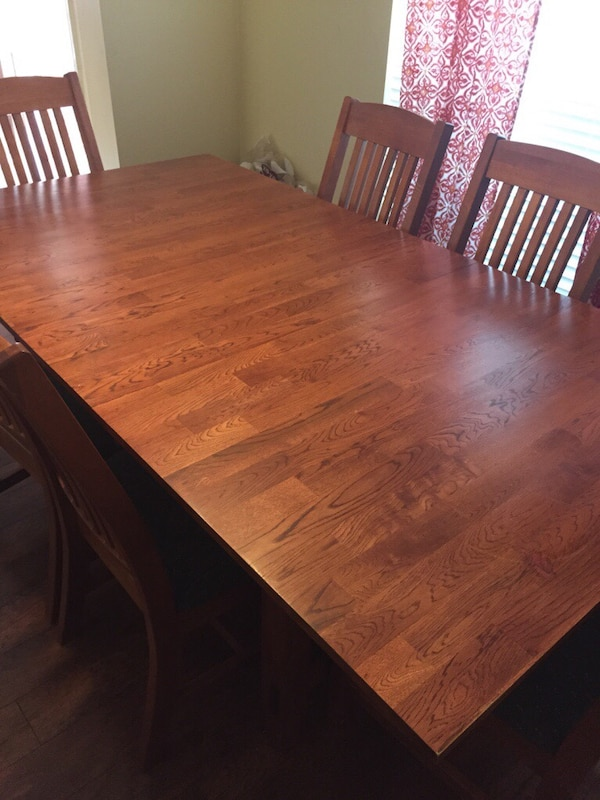 Dining Room Table And Six Chairs W Extra Leaf Solid Heavy Very Well Made Great Condition 79 X42 Out