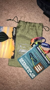 Firefly bracelet pass with manual and drawstring bag Chantilly, 20152