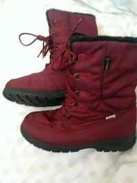 pair of red leather boots Hamilton, L8R