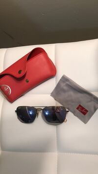 black framed Ray-Ban sunglasses with case New York, 11209